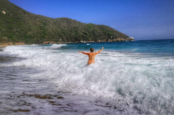 Playa nudista Parque Tayrona en Colombia
